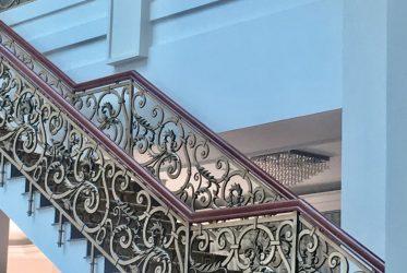 Thiết kế thi công lan can mỹ nghệ Tân Sơn Nhất Hotel