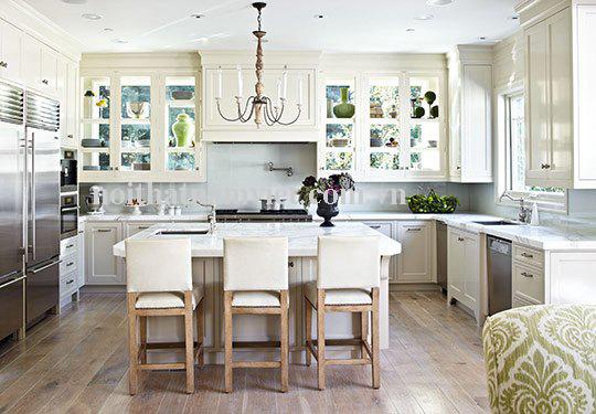 tủ bếp nhôm màu trắng chữ U